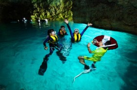 """The """"Blue Cave"""" of Okinawa! A complete explanation of the popular marine spot"""