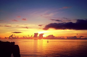 Surprising beauty! 14 Okinawan Sunset Spots!