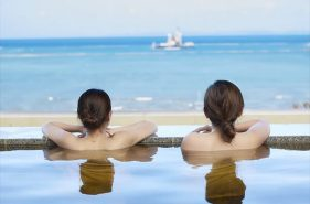Take a warm dip in Okinawa! Top 5 onsens for hot spring fans ♪