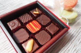 """오키나와 초콜릿의 매력에 푹 빠져보세요♡ """"자카란다 블루(Jacaranda Blue)"""" 한 조각으로 느끼는 최고의 행복감!"""