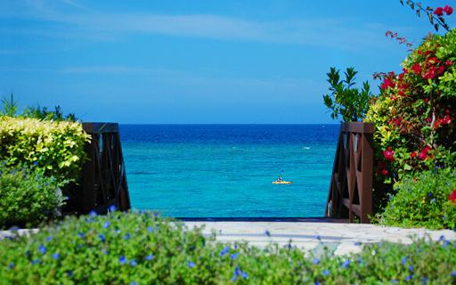沖縄旅行ビギナーさんも安心♪沖縄本島の人気ビーチ12選