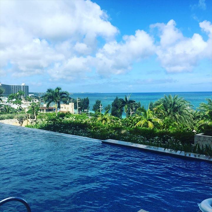 沖縄 高級ホテル カフー プール