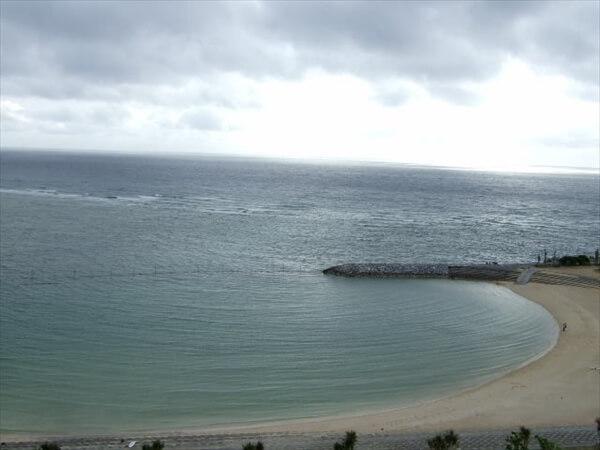 okinawa-tsuyu-season-beach-image1