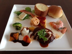 cafe-yabusachi-lunch-plate