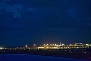 夜のNaha airport