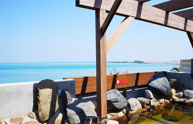 瀬長島温泉から眺める東シナ海