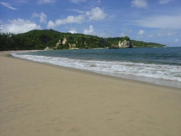 西表島ビーチ 月ヶ浜