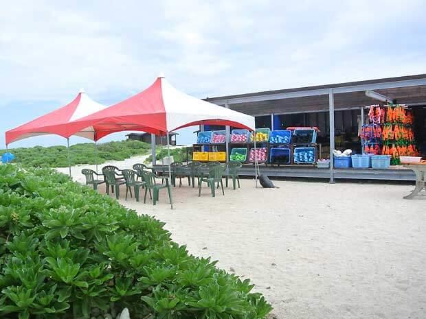 ナガンヌ島のレンタルショップ