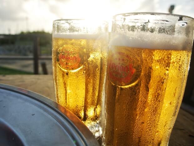 夕日とオリオンビール