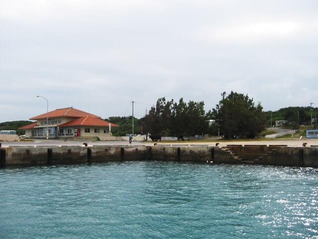 波照間島の港