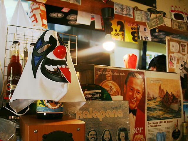 ズートンズのディスプレイ、プロレスマスク