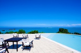 車で行ける島旅!ホテル浜比嘉島リゾートで憧れの離島ステイ