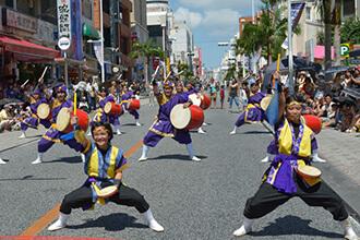 1万人のエイサー踊り隊2