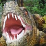 恐竜たちに会える森「やんばる亜熱帯の森」でタイムトラベル体験!