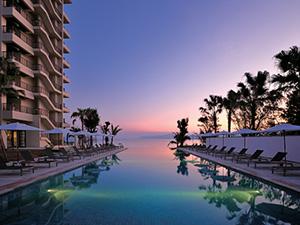沖縄 高級ホテル