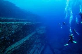 海底遺跡を一度は見たい!与那国島ダイビングの魅力と知っておきたいコト