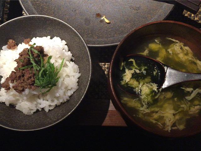 琉球BBQ Blue そぼろご飯とアオサスープ