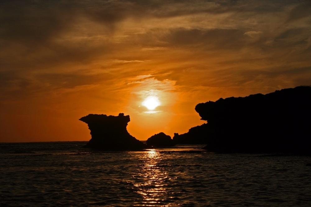 残波岬|沖縄旅行おすすめイメージ