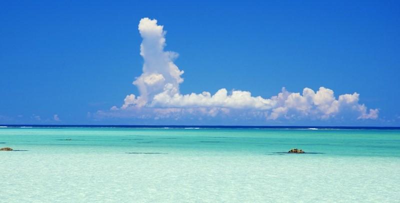 沖縄の空イメージ