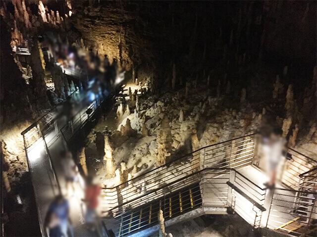 玉泉洞 中の様子1