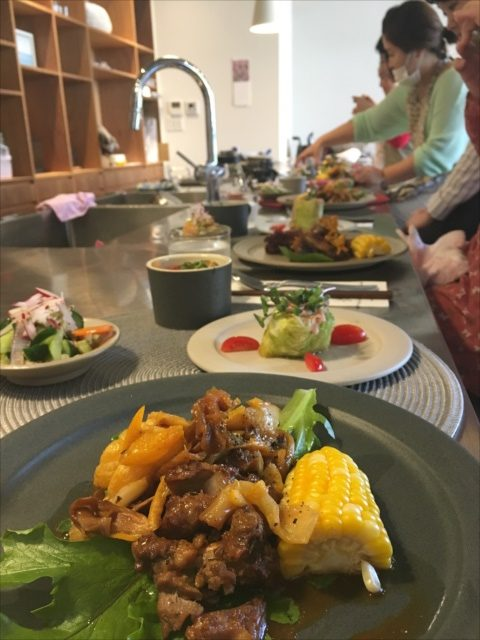 沖縄で料理教室