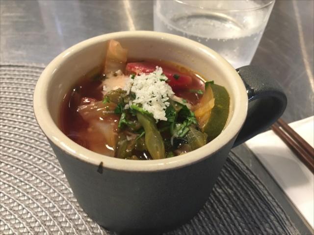 沖縄で料理教室・地元野菜のスープ