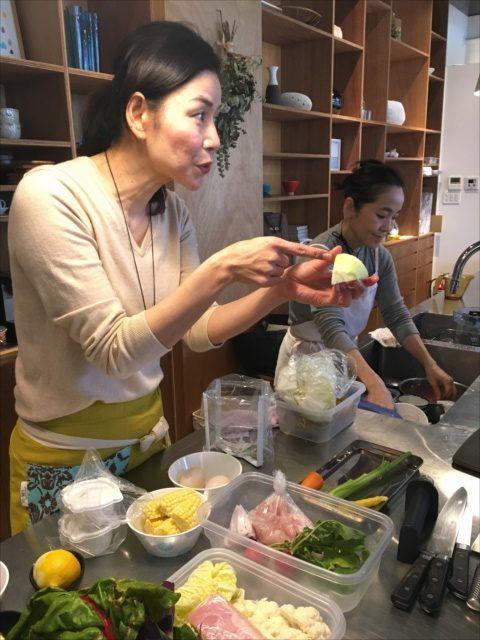 沖縄で料理教室野菜の切り方