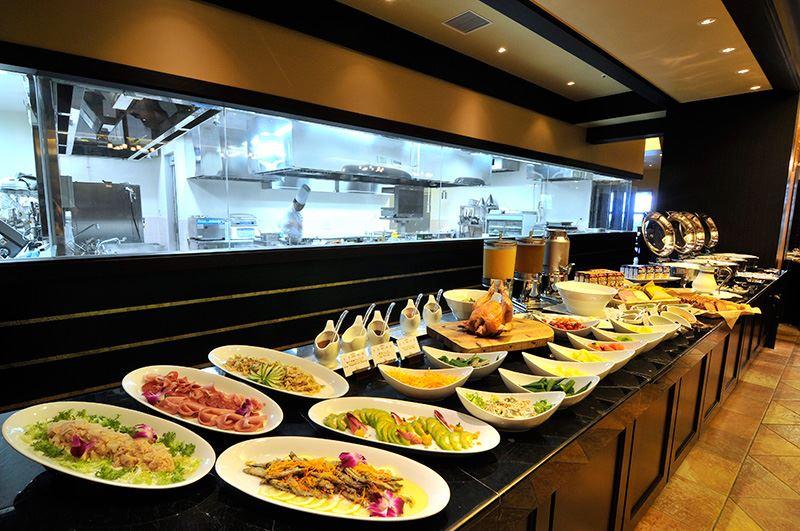 Okinawa Spa Resort EXES ブッフェ