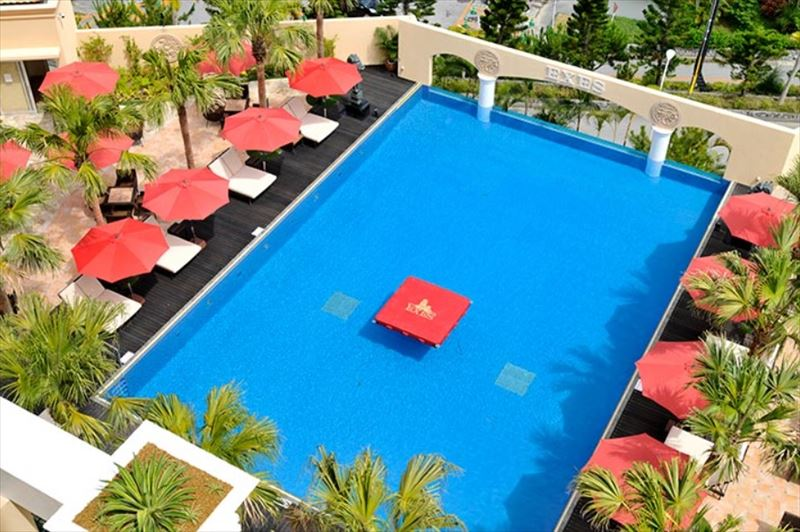 Okinawa Spa Resort EXES プール