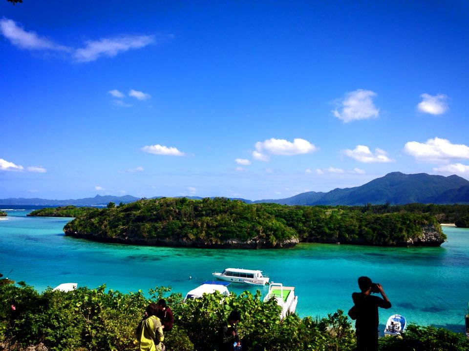 沖縄でグラスボート川平湾