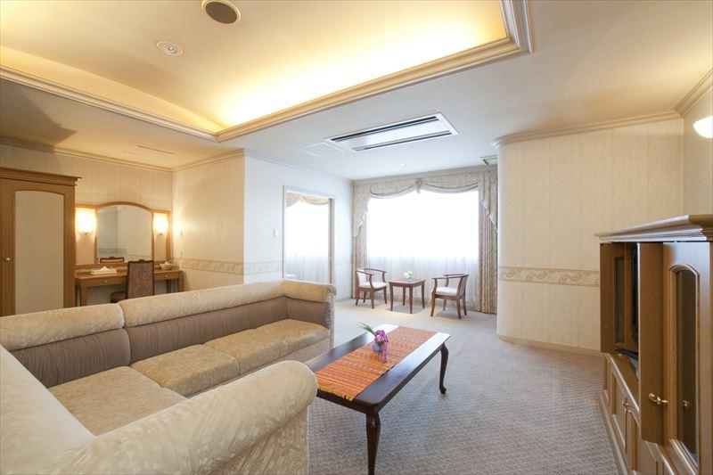沖縄ホテル スイート