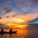 石垣島の水平線に沈む夕日を見に、サンセットカヤックツアーへ
