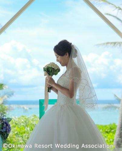 沖縄リゾートウェディング ブルームーンチャペル
