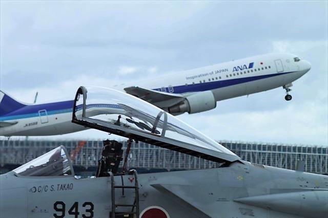 美ら島エアーフェスタ 旅客機と戦闘機
