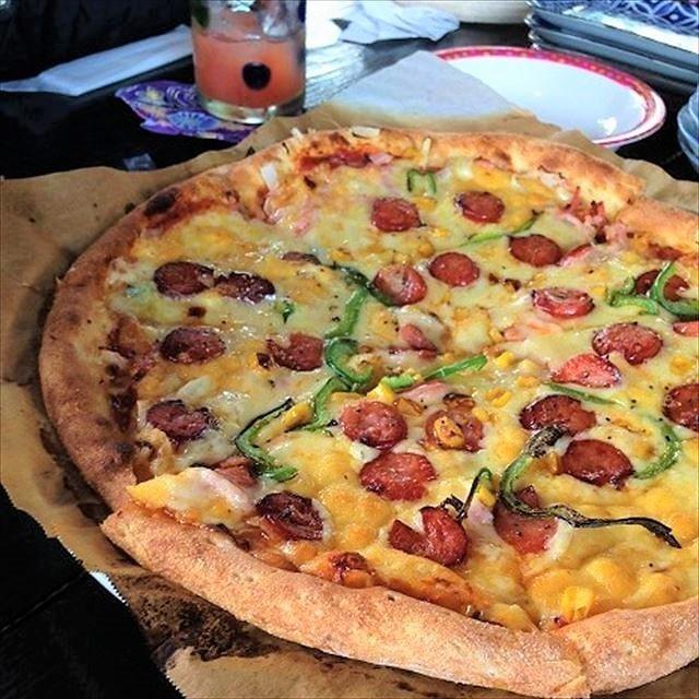 花人逢のピザ