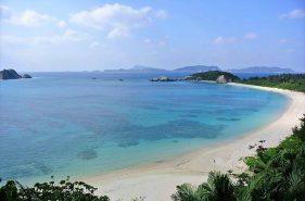 キレイなビーチがそこにある!沖縄で日帰りできる離島の海水浴場