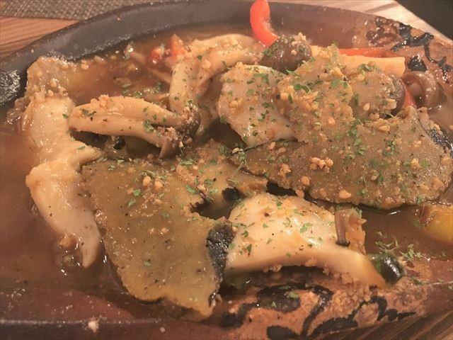 カフェ島むん+ 夜光貝の炒め