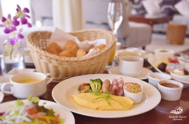 カヌチャリゾート 朝食 ルームサービス