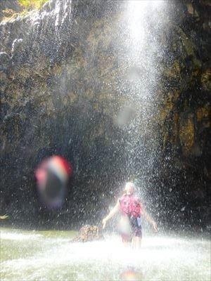 パンプキンホール 幻の滝
