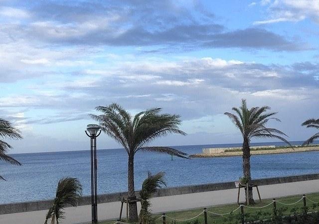 ダブルツリーbyヒルトン沖縄北谷リゾート 遊歩道