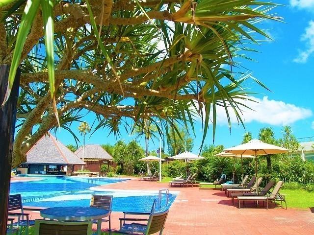 オクマプライベートビーチ&リゾート プールサイド