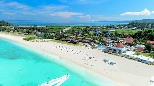 オクマプライベートビーチ&リゾート 上空から敷地を撮影