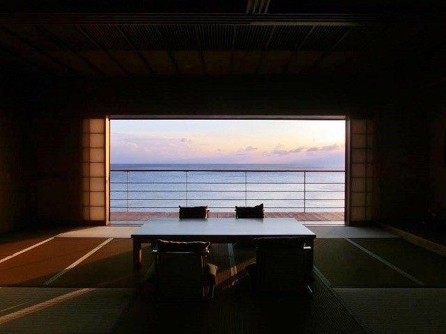 百名伽藍 白隠の間から見える夕日