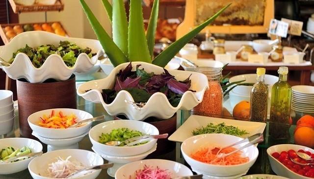 ザ・テラスクラブアットブセナ 朝食 サラダコーナー