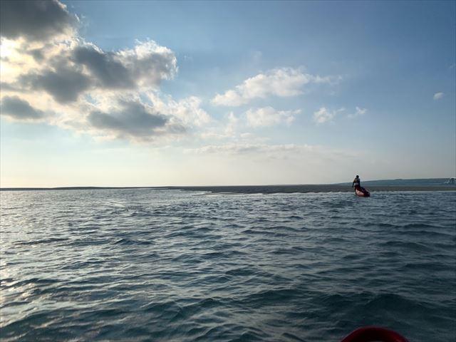 ユニの浜に上陸