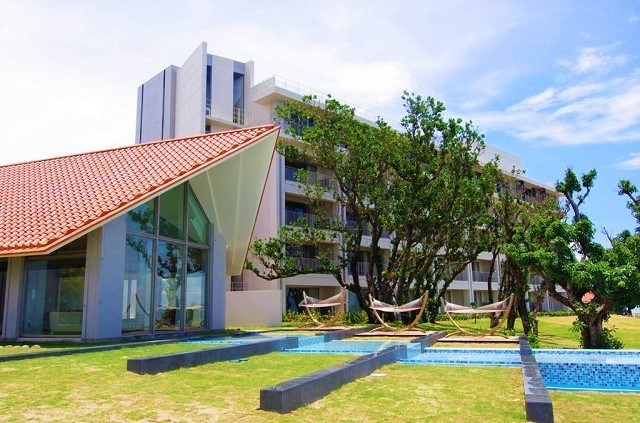 石垣島ビーチホテルサンシャイン ロビー 新館 外観