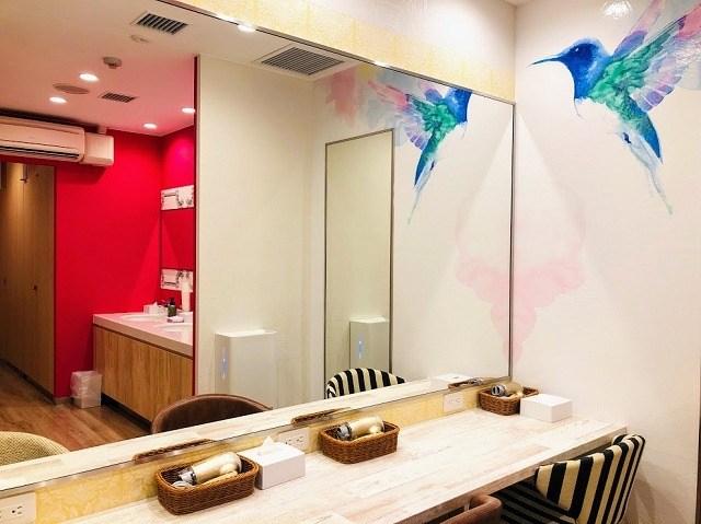 ラジェントホテル沖縄北谷 ホステル 女性シャワールームエリア