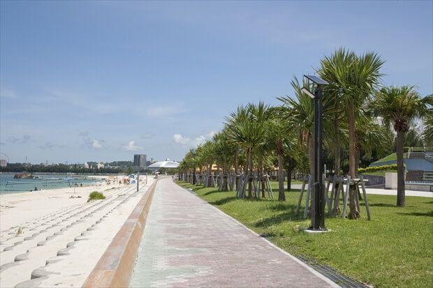 ラジェントホテル沖縄北谷 ビーチ歩道
