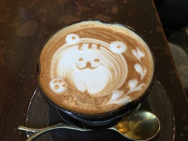 沖縄 パンケーキ MOTHER COFFEE クマのラテアート