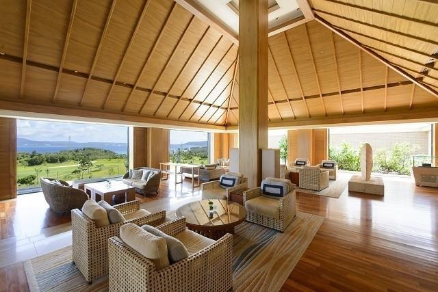 沖縄 高級ホテル ザ・リッツカールトン沖縄 ザ・ロビーラウンジ